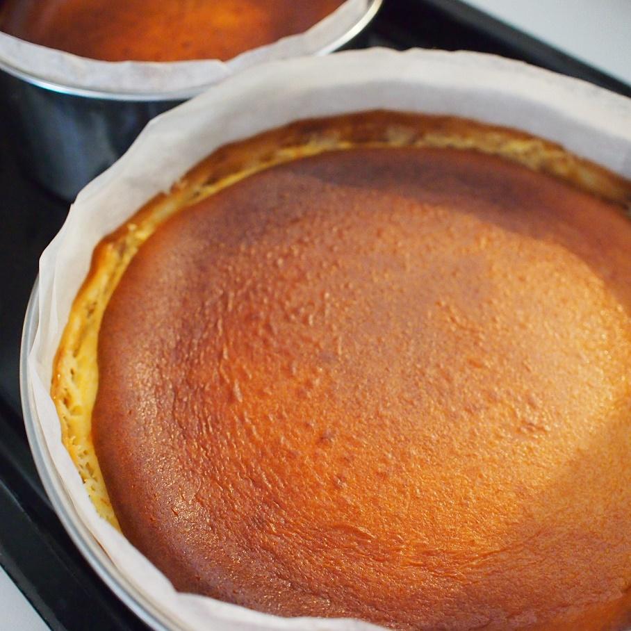 """howattoのチーズケーキ  -これは単純に""""チーズケーキ""""と呼ぶことはできない…!-"""
