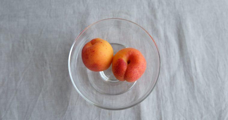 有機農園小七郎さんの宝石のようなフルーツををちりばめたお菓子をつくりたかったのです。